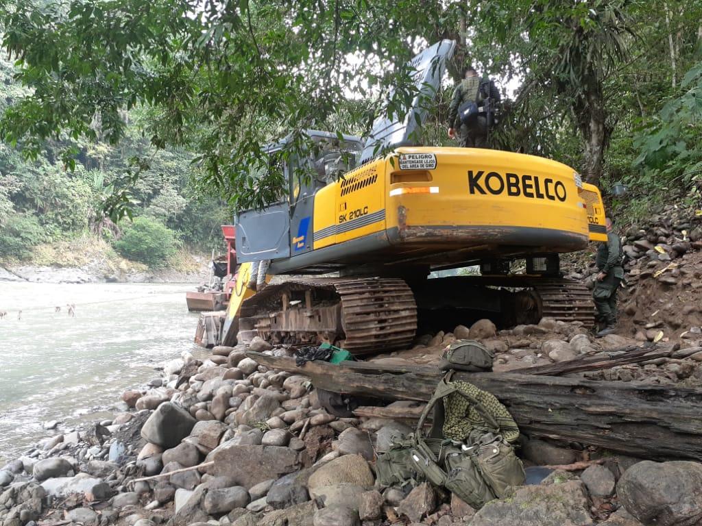 Ejército destruyó en Dabeiba, Antioquia, mina ilegal del Clan del Golfo