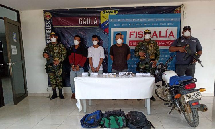 captura de los sujetos conocidos como alias Cuarenta, alias Tato y alias Tatareto
