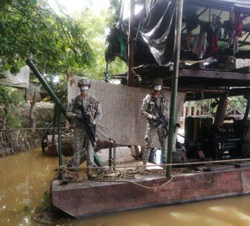 En continuas operaciones fluviales la Brigada de Infantería de Marina No.1 en Corozal- Sucre ha logrado la incautación de más de 100 dragas empleadas para la explotación de minería ilegal